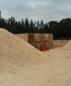 Mill waste chuck bedding