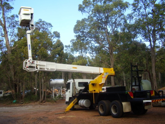 Cherry picker 7